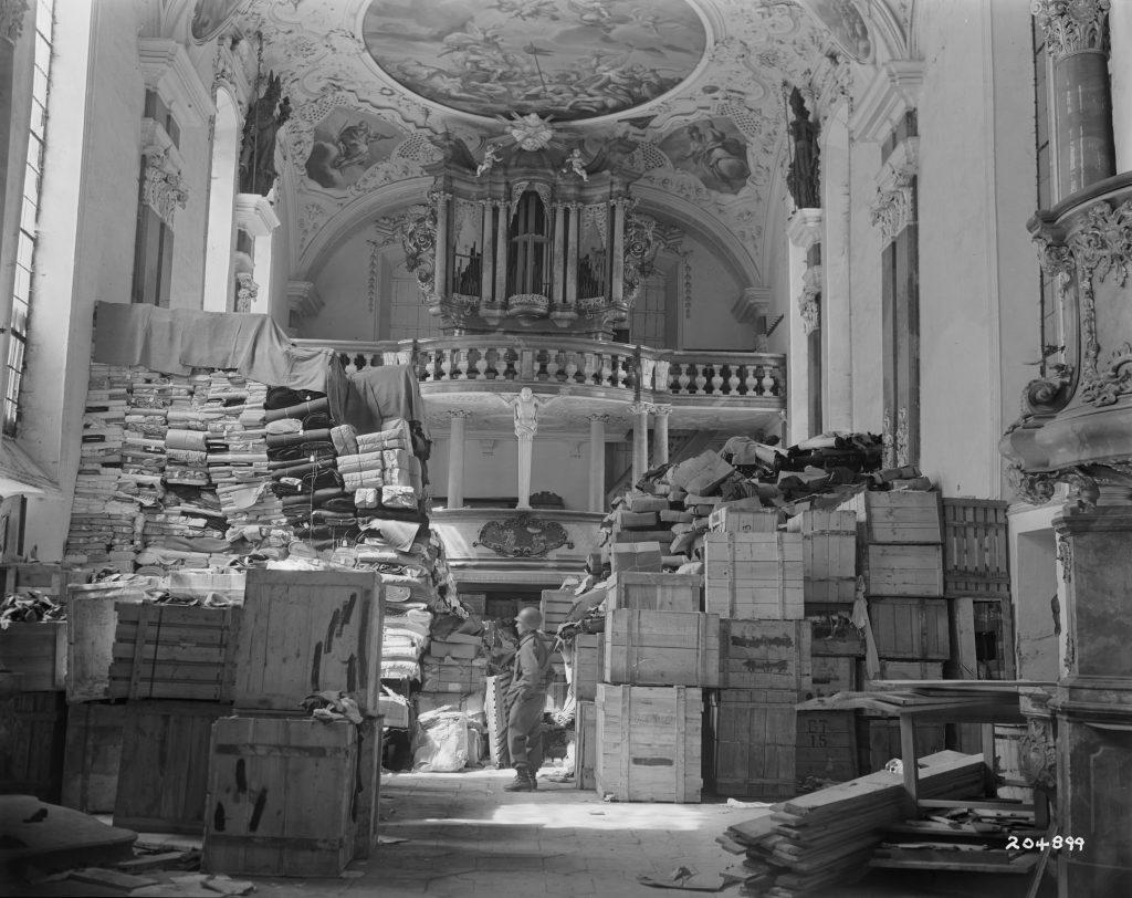 Kunstwerke in Bewegung- Über die Mobilität von Kunst im Zweiten Weltkrieg