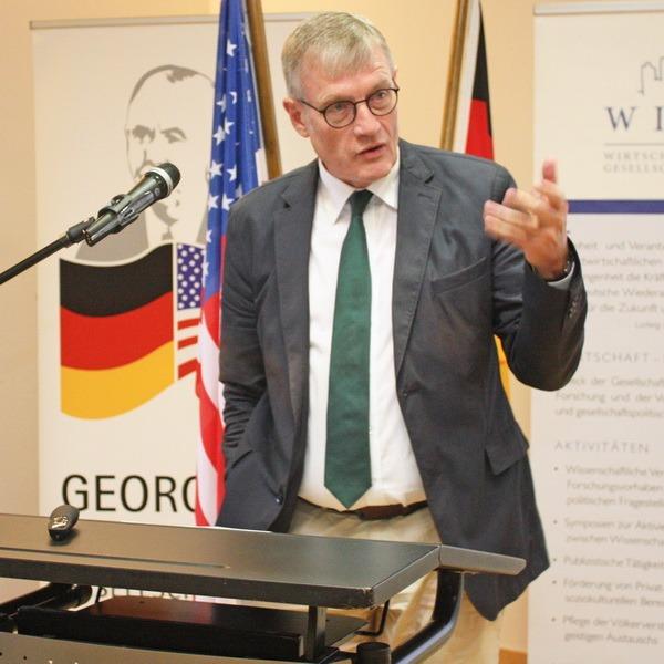 """""""Kein Vorbild für Afrika"""" – Jubiläumsreihe zum Marshall-Plan endete mit Vortrag in Bad Homburg"""